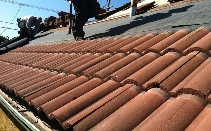 Concrete s-tile roof in Walnut